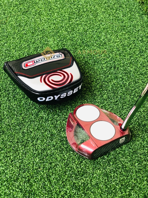 Odyssey O Works 2 Ball Fang